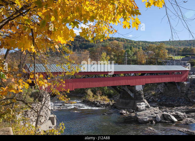 Taftsville covers bridge in New England, Vermont, USA - Stock Image