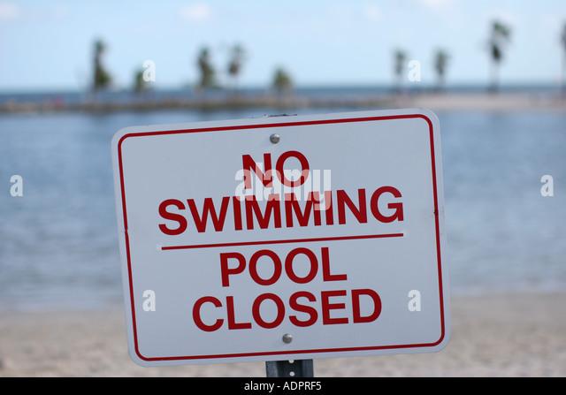 Florida, sign, No Swimming Pool Closed, - Stock Image