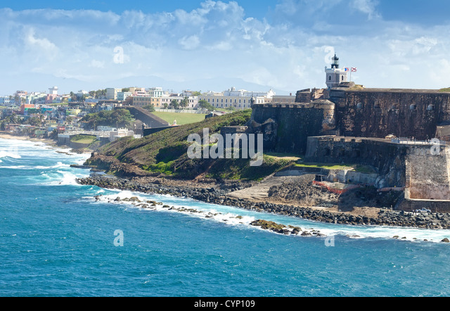 Coastline of San Juan, Puerto Rico and the ancient El Morro Castle. - Stock Image
