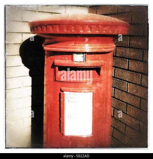 Royal Mail red post box - Stock Image