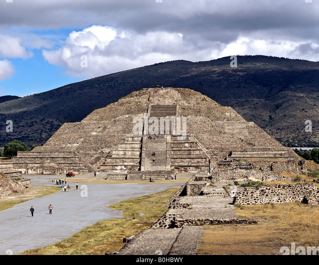 Pyramid of the Moon in Teotihuacan, Aztec civilization near Mexico City, Mexico, Central America - Stock Image