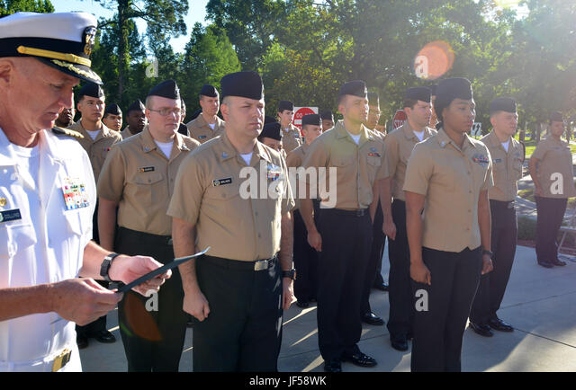 commanding officer naval hospital naples italy - photo#15