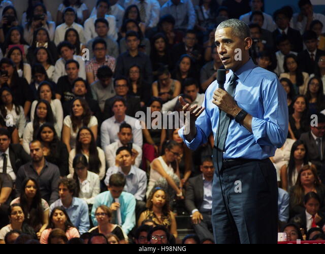 Lima, Peru. 19th Nov, 2016. Barack Obama, president of the United States of America, addressed an assembly of young - Stock-Bilder
