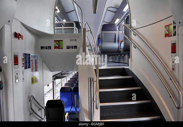 Double Deck Coach Stock Photos & Double Deck Coach Stock ...