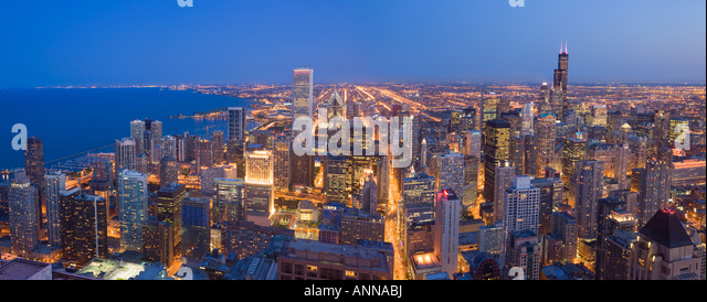 USA Chicago Downtown Chigago and lake Michigen viewed from the John Hancock Tower - Stock Image
