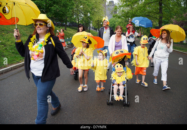 Costumed Family Stock Photos Costumed Family Stock Images Alamy