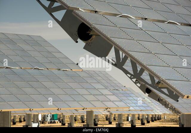 Borrego Springs, California, USA. 11th Apr, 2015. Solar panels at solar energy power plant in Borrego Springs. © - Stock Image