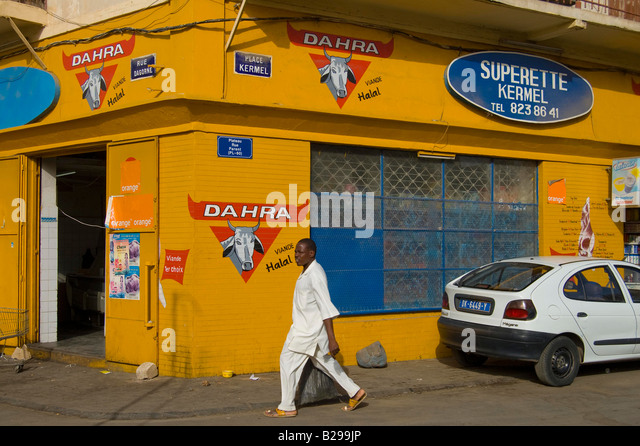 Supermarket facade Date 20 02 2008 Ref ZB583 110492 0032 COMPULSORY CREDIT World Pictures Photoshot - Stock Image