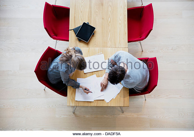 Man and woman in discussion - Stock Image