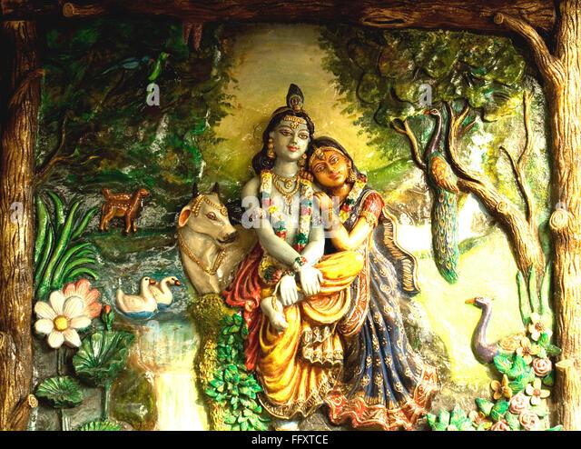 Radha and Lord Krishna in Ras pose at Vrindavan made in plaster of paris - Stock Image