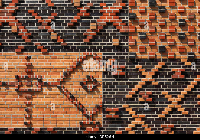 Patterned brickwork in the HafenCity district of Hamburg, Germany. - Stock Image