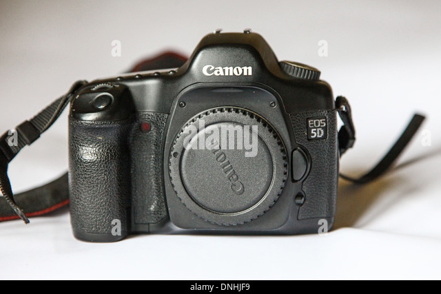 digital single lens reflex camera and canon Canon eos 1300d 18mp digital slr camera (black) with 18-55mm isii lens   nikon d3400 digital camera kit (black) with lens af-p dx nikkor 18-55mm,.