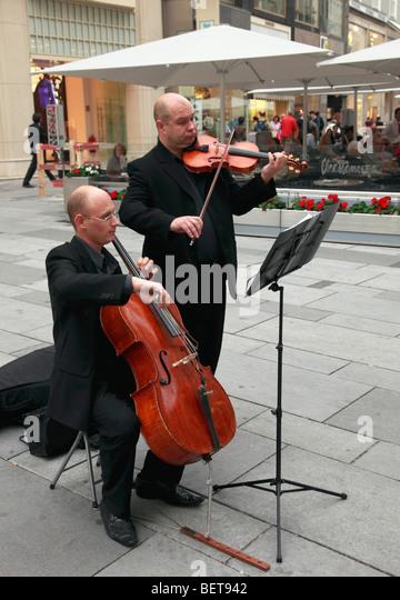 Austria, Vienna, street musicians - Stock Image