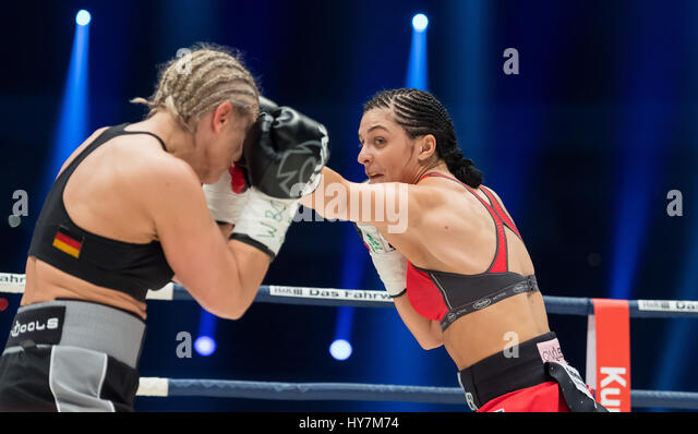 Dortmund, Germany. 1st Apr, 2017. Christina Hammer (r) from Germany and Maria Lindberg from Sweden in action during - Stock-Bilder
