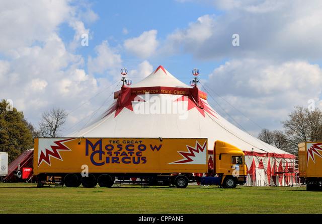 Circus tour stock photos circus tour stock images alamy - Richmond old deer park swimming pool ...