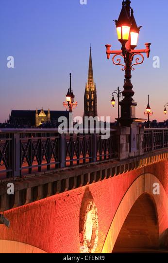 Pont de Pierre Bridge over La Garonne river Bordeaux Gironde Aquitaine France - Stock Image