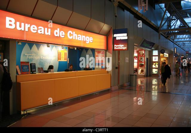 money exchange heathrow airport terminal stock photos. Black Bedroom Furniture Sets. Home Design Ideas