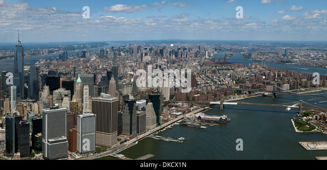 aerial photograph Lower Manhattan, East River, Brooklyn Bridge, New York City - Stock Image