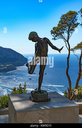 il pescatorello annibale de lotto, the fisherboy statue, villa lysis, capri, italy, jacques d'adelsward-fersen. - Stock Image