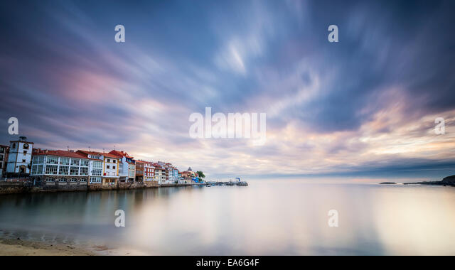 Spain, Asturias, Small village at sunrise - Stock Image