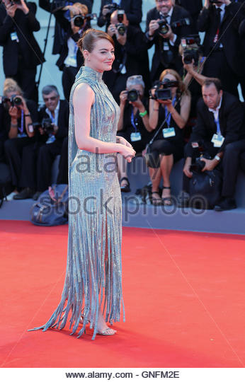 """Venice, Italy. 31st August, 2016. Emma Stone attends at the premiere of the movie """"La la land"""" at the - Stock Image"""