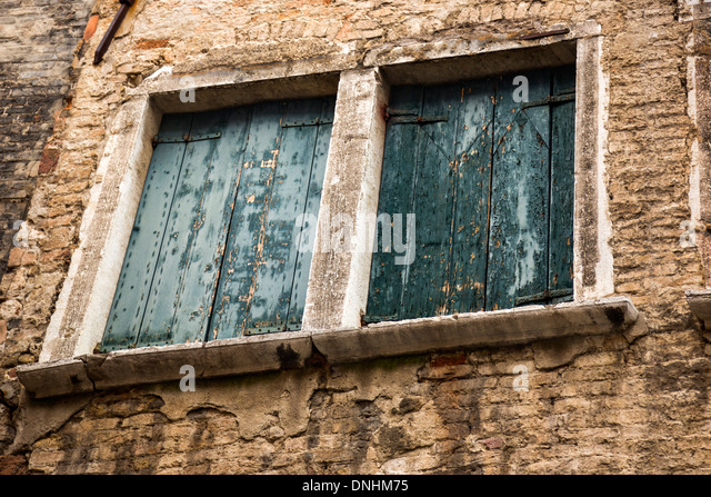 Low angle view of windows of a building, Venice, Veneto, Italy - Stock-Bilder
