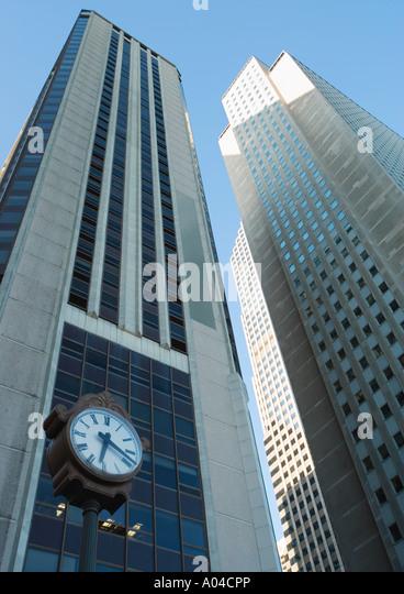 Hochhäuser, niedrigen Winkel Ansicht Stockbild