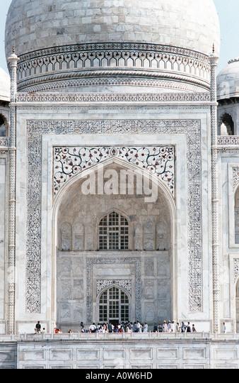 Detail der Fassade des Taj Mahal erbaut 1632 durch den Kaiser Shahjahan in Erinnerung an geliebte Frau Agra Indien - Stock-Bilder
