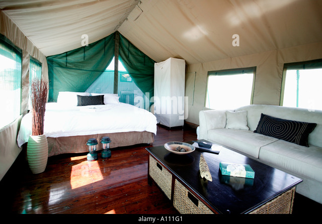 aboriginal hut australia stockfotos aboriginal hut australia bilder alamy. Black Bedroom Furniture Sets. Home Design Ideas