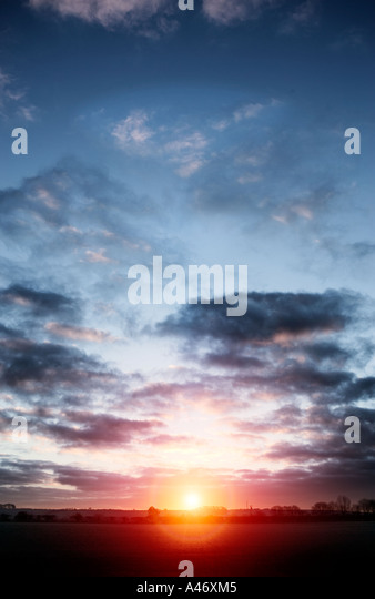 Atmosphärischen Sonnenuntergang Stockbild