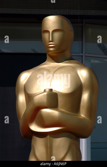 Oscar-Statue vor Kodak Theatre Hollywood Kalifornien Stockbild