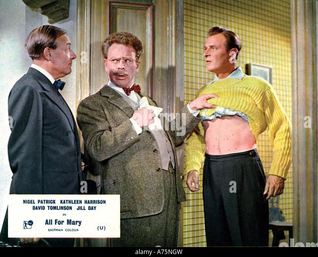 ALLES für Maria - 1955 Rank Film mit Nigel Patrick auf der rechten Seite Stockbild