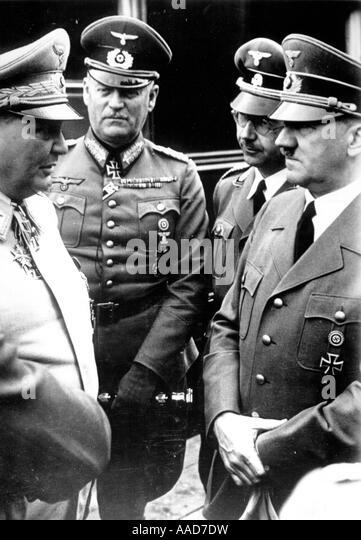 1 H76 F1942 D Hitler Göring Keitel u Himmler Hitler Adolf Politiker NSDAP 1889 1945 Hitler Rechts Im Gespraech Stockbild