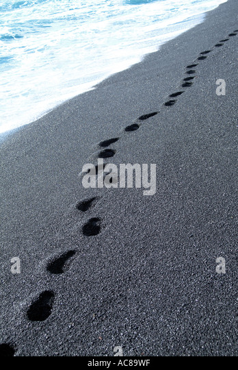 Fußspuren im Sand Kanarische Inseln Spur Im Sand Kanarische Inseln Stockbild