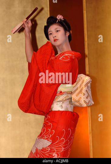 kimono fashion show stockfotos kimono fashion show. Black Bedroom Furniture Sets. Home Design Ideas