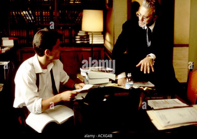 DER REGENMACHER 1997 Film mit L R Matt Damon und Mickey Rourke Stockbild