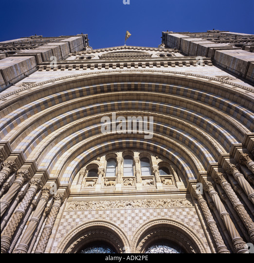 Cromwell Road Fassade und Front-Eingang von The Natural History Museum London Stockbild