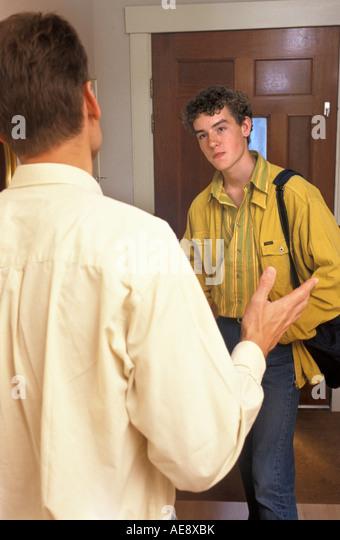 Konflikt zwischen Vater und Sohn im Teenageralter Stockbild