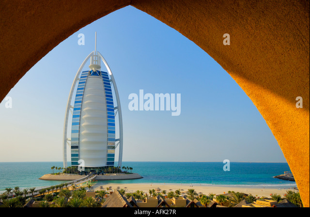Wadi Water Park und Hotel Burj Al Arab, Burj al-Arab, Dubai, Vereinigte Arabische Emirate Stockbild