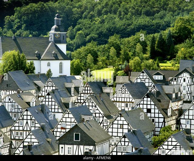 DE - Nord-Rhein-Westfalen: Malerische Dorf von Freudenberg Stockbild