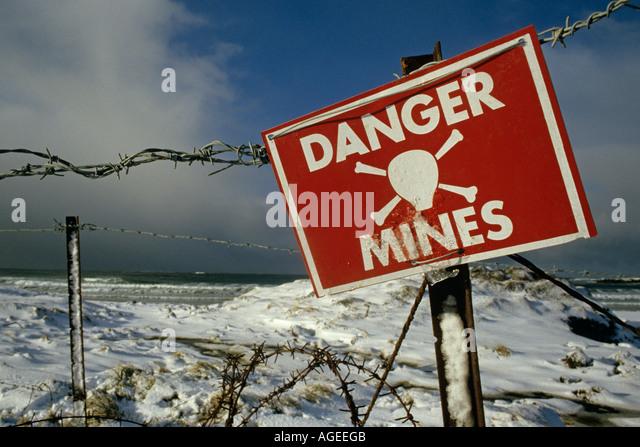 Falkland Island Schild Minen aus der Falkland-Konflikt, c. 1981 Südatlantik Stockbild
