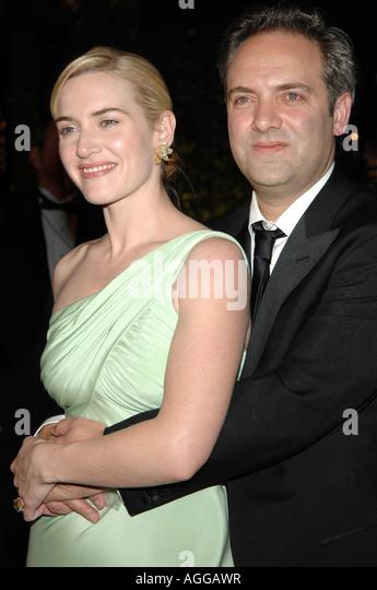 Schauspielerin Kate Winslet und Sam Mendes bei der 2007 Vanity Fair Oscar Party im Mortons Steakhouse in Los Angeles Stockbild