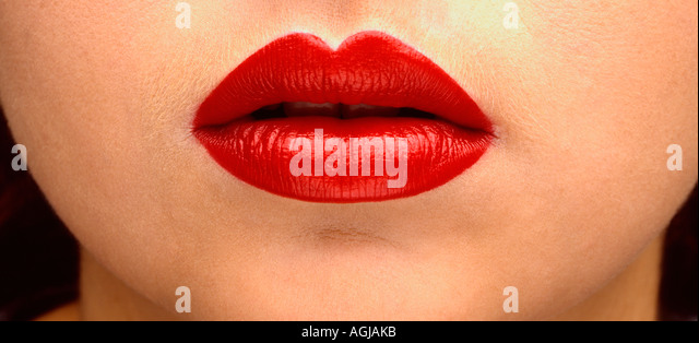 Womans volle rote Lippen Stockbild