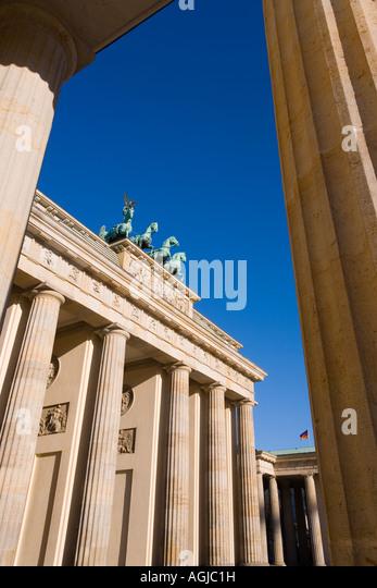 Quadriga Brandenburger Tor Brandenburger Tor beleuchtet in der Nacht im Pariser Platz Berlin Deutschland Europa Stockbild
