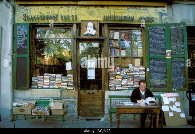 Paris-Buchhandlung Shakespeare und co antiquarische Bücher Stockbild