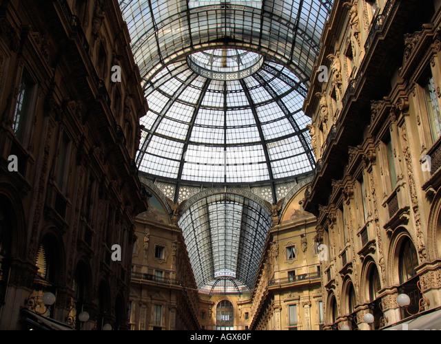 Glaskuppel des Galleria Vittorio Emanuele Mailand Italien Stockbild