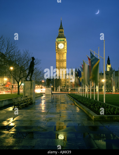 GB - LONDON: Parliament Square und Big Ben (Elizabeth Tower) Stockbild