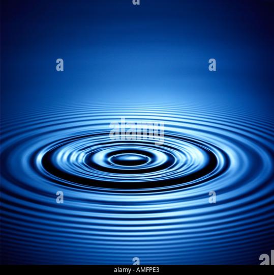 Blauwasser-Ringe Stockbild