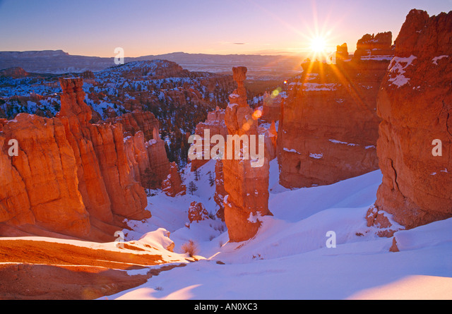 Winter-Sonnenaufgang auf Thors Hammer Bryce Canyon National Park, Utah Stockbild