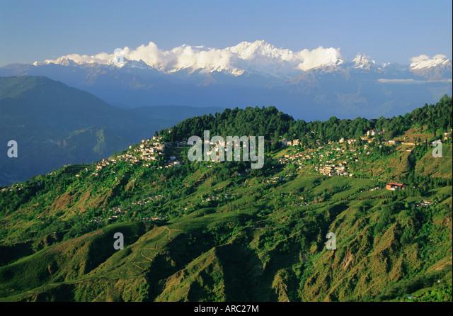 Alte britische Bergstation eingerichtet in den 1800er Jahren, jetzt ein Touristenzentrum, Darjeeling, Bundesstaat Stockbild